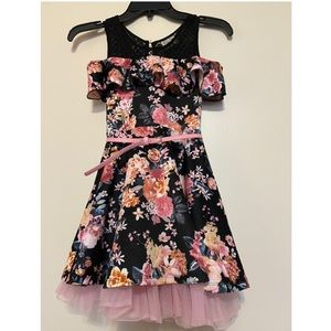 Beauties girls black floral dress, size 7